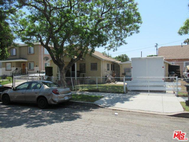 3136 W 71st Street, Los Angeles (City), CA 90043 (MLS #18387914) :: The John Jay Group - Bennion Deville Homes