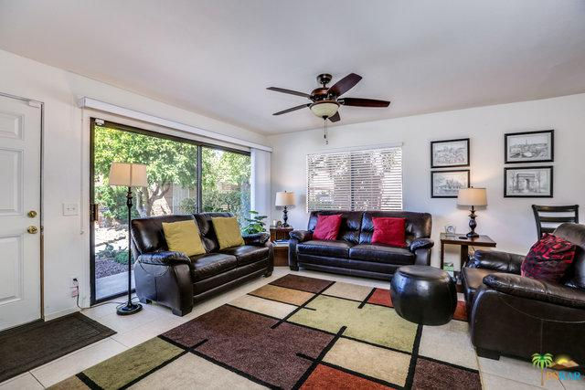 2422 Los Coyotes Drive, Palm Springs, CA 92264 (MLS #18388442PS) :: Brad Schmett Real Estate Group