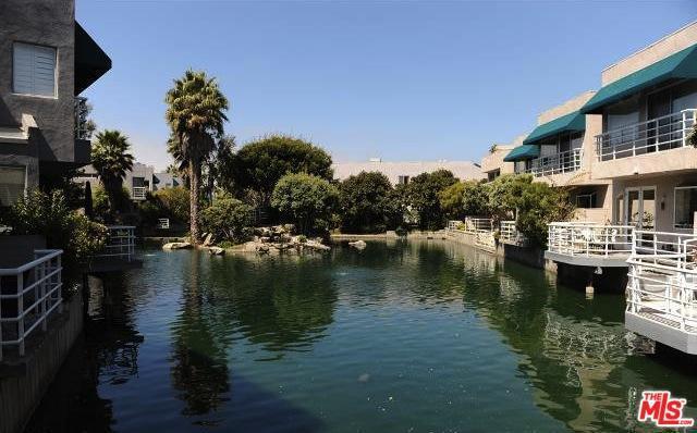 660 Harbor Street #3, Venice, CA 90291 (MLS #18388672) :: The John Jay Group - Bennion Deville Homes