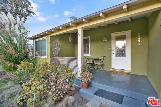 6056 Simpson Avenue, North Hollywood, CA 91606 (MLS #18388742) :: Team Wasserman