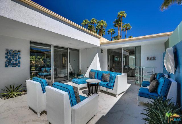 385 Desert Lakes Drive, Palm Springs, CA 92264 (MLS #18389048PS) :: Brad Schmett Real Estate Group