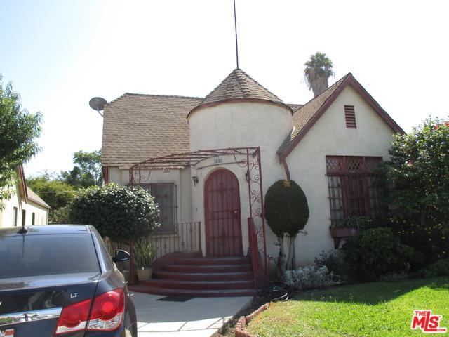 528 W 112th Street, Los Angeles (City), CA 90044 (MLS #18389210) :: The John Jay Group - Bennion Deville Homes