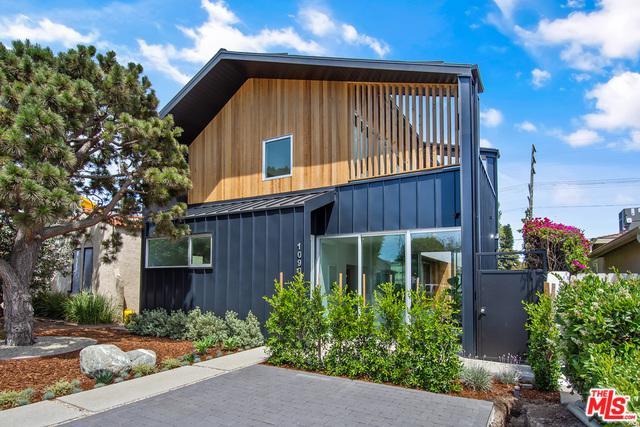 1090 Palms, Venice, CA 90291 (MLS #18389212) :: The John Jay Group - Bennion Deville Homes
