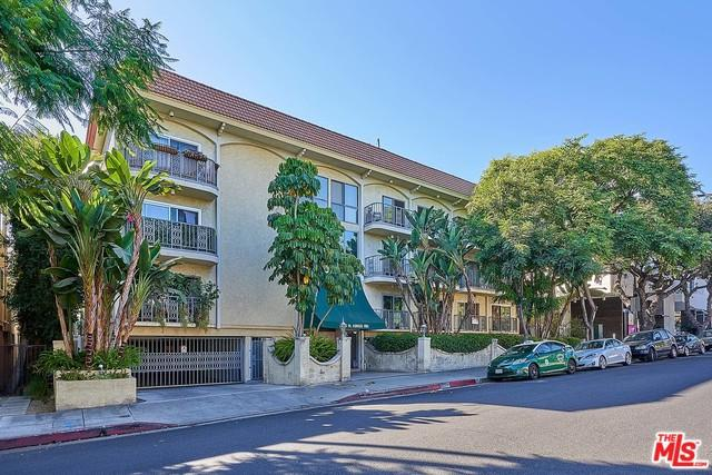 1045 N Kings Road #102, West Hollywood, CA 90069 (MLS #18389246) :: Team Wasserman