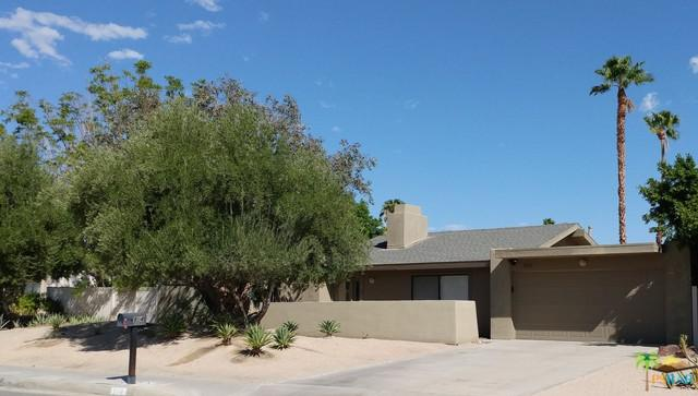 804 E Louise Drive, Palm Springs, CA 92262 (MLS #18389266PS) :: The John Jay Group - Bennion Deville Homes