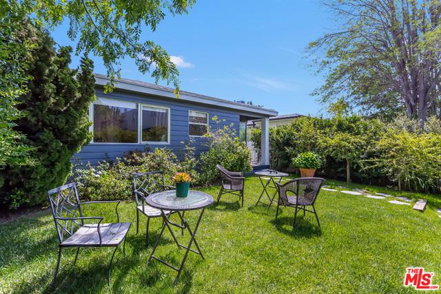 856 Marco Place, Venice, CA 90291 (MLS #18389346) :: Team Wasserman
