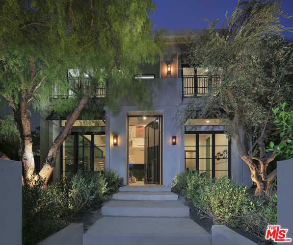6351 Lindenhurst Avenue, Los Angeles (City), CA 90048 (MLS #18389516) :: The John Jay Group - Bennion Deville Homes