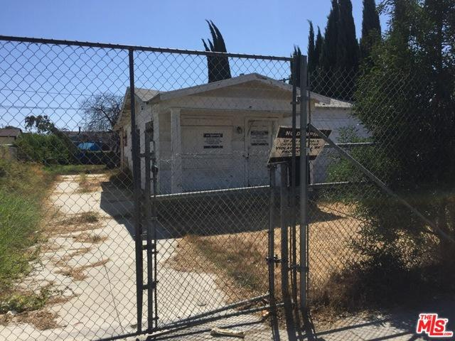 408 W 95th Street, Los Angeles (City), CA 90003 (MLS #18389602) :: The John Jay Group - Bennion Deville Homes
