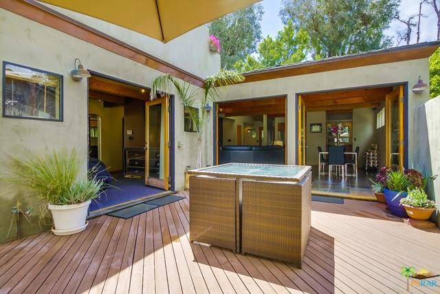 22041 Avenue San Luis, Woodland Hills, CA 91364 (MLS #18390034PS) :: The John Jay Group - Bennion Deville Homes