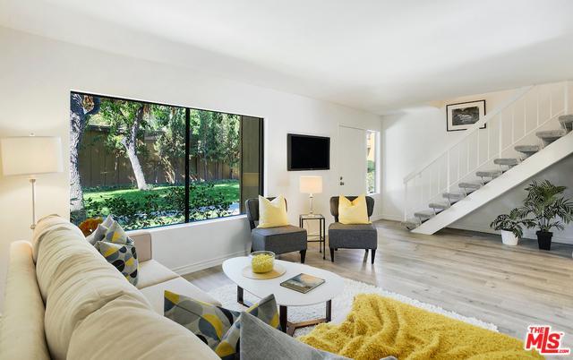20111 Leadwell Street #3, Winnetka, CA 91306 (MLS #18391030) :: Hacienda Group Inc