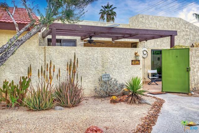 1477 E Amado Road, Palm Springs, CA 92262 (MLS #18391174PS) :: Team Wasserman