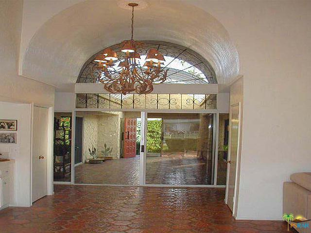 1833 S Araby Drive #31, Palm Springs, CA 92264 (MLS #18392168PS) :: Deirdre Coit and Associates