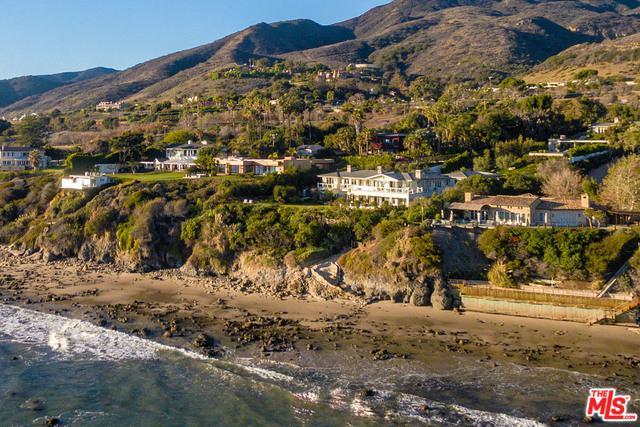 33740 Pacific Coast Highway, Malibu, CA 90265 (MLS #18392174) :: Hacienda Group Inc