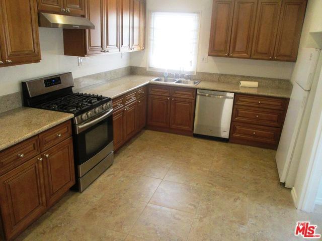 20316 Runnymede Street, Winnetka, CA 91306 (MLS #18392780) :: Hacienda Group Inc