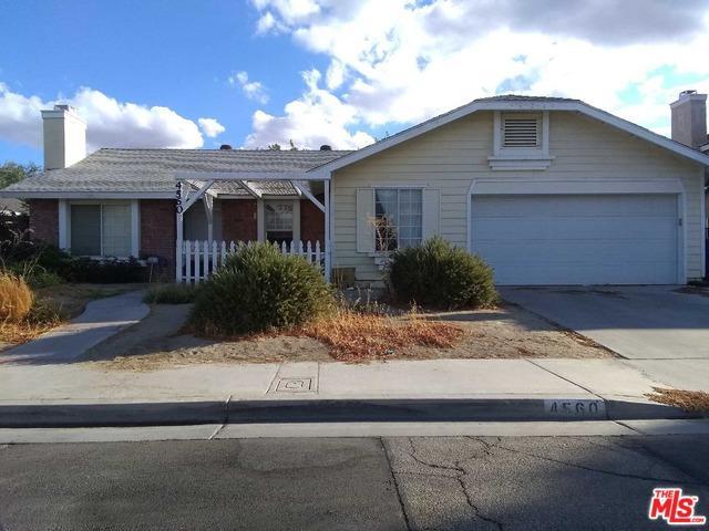 4560 Moonraker Road, Palmdale, CA 93552 (MLS #18393010) :: Team Wasserman