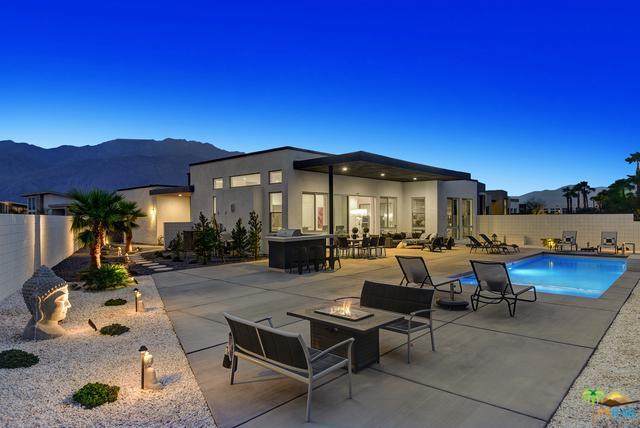 1110 Celadon Street, Palm Springs, CA 92262 (MLS #18393342PS) :: Brad Schmett Real Estate Group