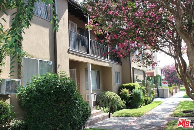 12425 Magnolia, Valley Village, CA 91607 (MLS #18393590) :: Deirdre Coit and Associates