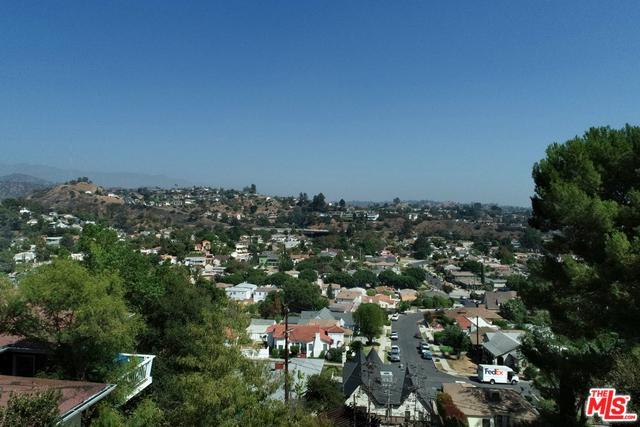 4454 Sunnycrest Drive, Los Angeles (City), CA 90065 (MLS #18393594) :: Hacienda Group Inc