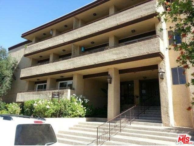 5412 Lindley Avenue #204, Encino, CA 91316 (MLS #18393752) :: Deirdre Coit and Associates