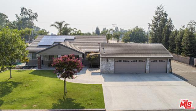 13807 Costajo Road, Bakersfield, CA 93313 (MLS #18393768) :: The John Jay Group - Bennion Deville Homes