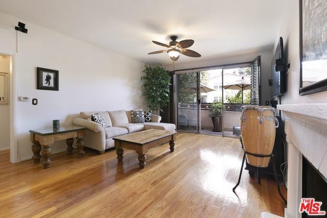 11225 Peach Grove Street #208, North Hollywood, CA 91601 (MLS #18394370) :: Deirdre Coit and Associates