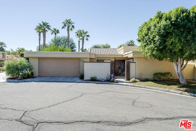 6751 Rockwood Circle, Palm Springs, CA 92264 (MLS #18394640) :: The Sandi Phillips Team