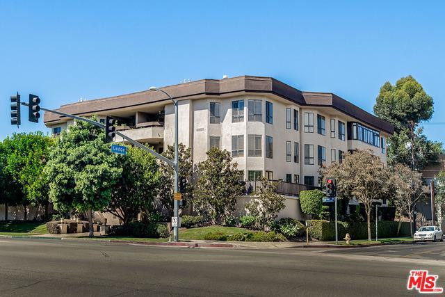 10409 Riverside Drive #204, Toluca Lake, CA 91602 (MLS #18394658) :: Hacienda Group Inc