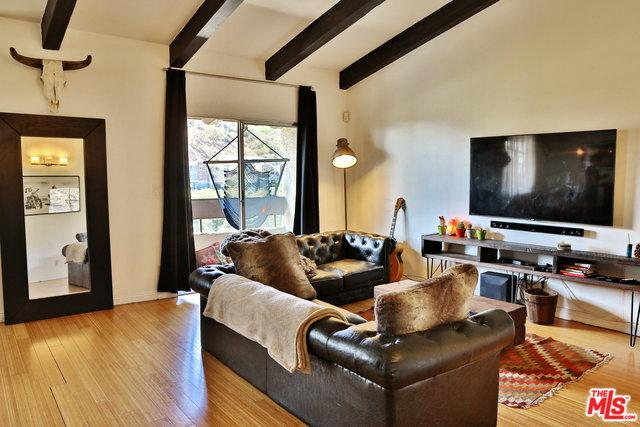 2700 E Cahuenga Boulevard #2305, Los Angeles (City), CA 90068 (MLS #18394872) :: Hacienda Group Inc