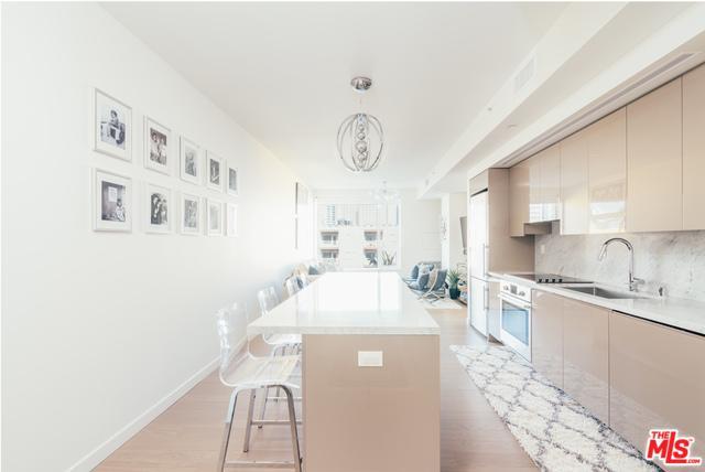 1050 S Grand Avenue #808, Los Angeles (City), CA 90015 (MLS #18395032) :: Deirdre Coit and Associates