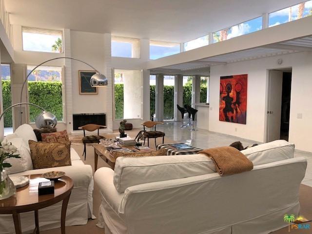 940 E Murray Canyon Drive, Palm Springs, CA 92264 (MLS #18395136PS) :: Brad Schmett Real Estate Group