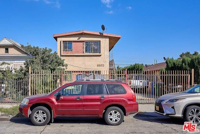 9802 Graham Avenue D, Los Angeles (City), CA 90002 (MLS #18395706) :: Deirdre Coit and Associates