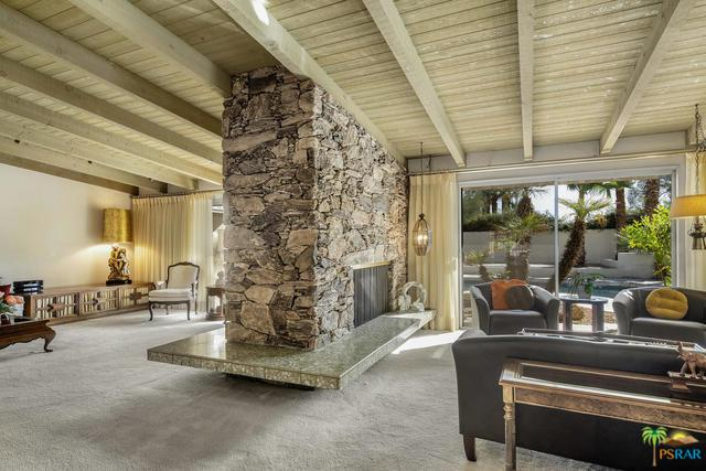 2050 S Toledo Avenue, Palm Springs, CA 92264 (MLS #18395818PS) :: Brad Schmett Real Estate Group