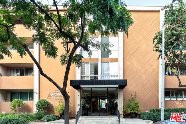 1015 N Kings Road #208, West Hollywood, CA 90069 (MLS #18395924) :: Hacienda Group Inc