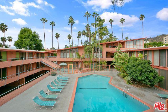 1400 N Hayworth Avenue #15, West Hollywood, CA 90046 (MLS #18396316) :: Hacienda Group Inc
