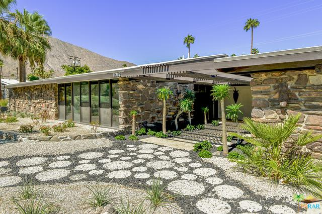 1042 E Apache Road, Palm Springs, CA 92264 (MLS #18396374PS) :: Brad Schmett Real Estate Group