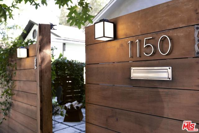 1150 Wilcox Place, Los Angeles (City), CA 90038 (MLS #18396382) :: Deirdre Coit and Associates