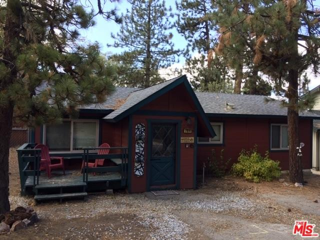 794 Saint Moritz Drive, Big Bear, CA 92315 (MLS #18396420) :: Deirdre Coit and Associates