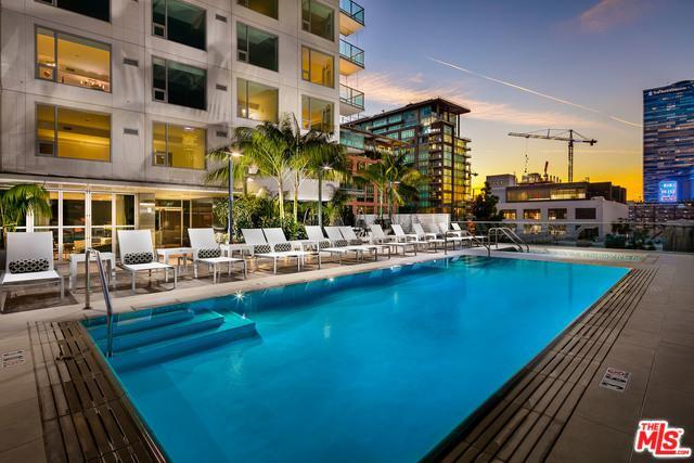 1050 S Grand Avenue #1310, Los Angeles (City), CA 90015 (MLS #18396470) :: Deirdre Coit and Associates