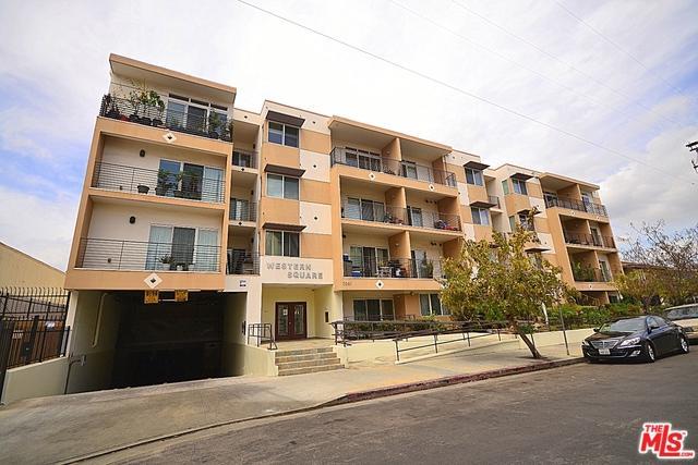 3061 W 12th Place #208, Los Angeles (City), CA 90006 (MLS #18396504) :: Hacienda Group Inc