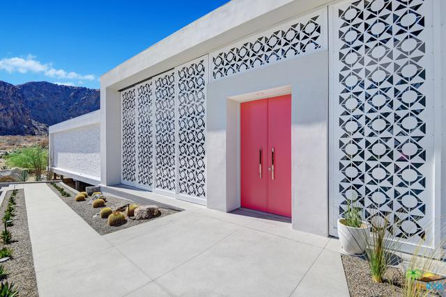884 S La Mirada Circle, Palm Springs, CA 92264 (MLS #18396556PS) :: Brad Schmett Real Estate Group