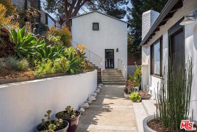 11503 Laurelcrest Drive, Studio City, CA 91604 (MLS #18396734) :: Hacienda Group Inc