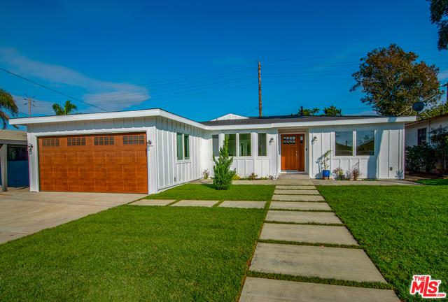 8030 Alverstone Avenue, Los Angeles (City), CA 90045 (MLS #18396804) :: Deirdre Coit and Associates