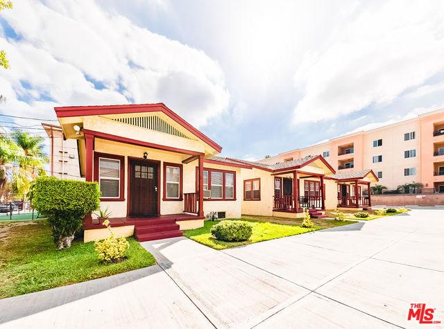 822 W 69th Street, Los Angeles (City), CA 90044 (MLS #18396938) :: Hacienda Group Inc