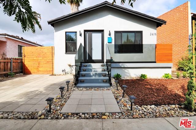 2615 Clyde Avenue, Los Angeles (City), CA 90016 (MLS #18397172) :: Hacienda Group Inc