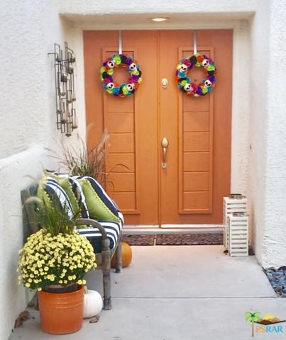 1761 Pinehurst Plaza, Palm Springs, CA 92264 (MLS #18397272PS) :: Deirdre Coit and Associates