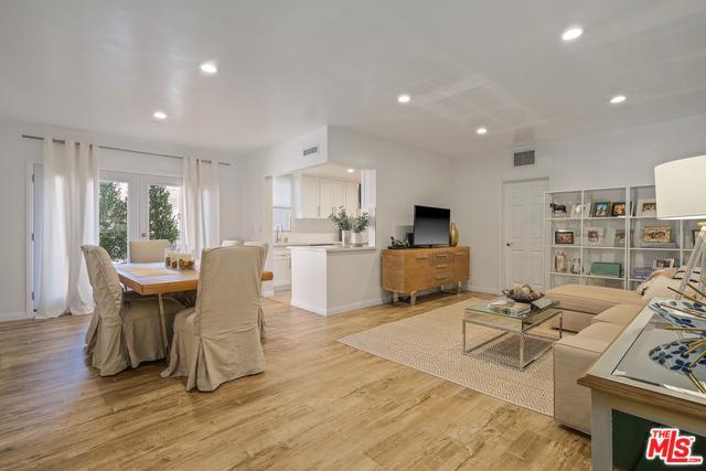 8550 Holloway Drive #102, West Hollywood, CA 90069 (MLS #18397302) :: Hacienda Group Inc