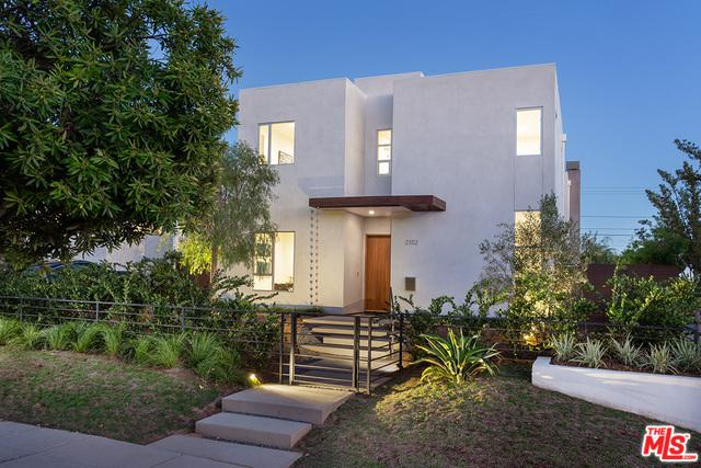 2102 Pier Avenue, Santa Monica, CA 90405 (MLS #18397362) :: Hacienda Group Inc