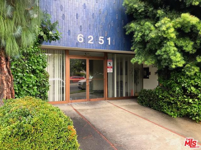 6251 Coldwater Canyon Avenue #211, North Hollywood, CA 91606 (MLS #18397716) :: The Sandi Phillips Team