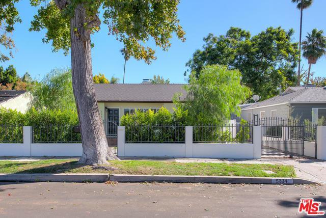 5334 Beeman Avenue, Valley Village, CA 91607 (MLS #18398178) :: Hacienda Group Inc