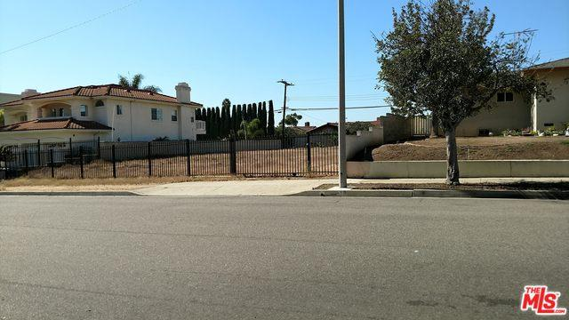 615 N 18th Street, Montebello, CA 90640 (MLS #18398274) :: Team Wasserman